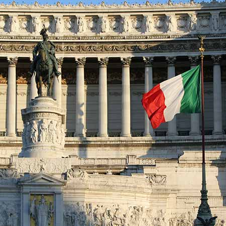 Italy spooks investors again in EU budget clash